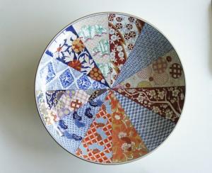 Kyokujitsu Kisshoumon Large plate by Yazaemon